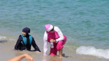 France: Le Conseil d'Etat suspend l'interdiction du burkini