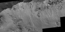 Les ravines de Mars seraient des écoulements de saumure...