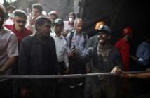 Accident dans une mine en Iran: peu d'espoir de retrouver des survivants