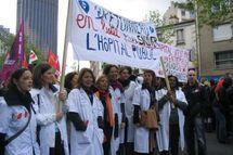 Le Sénat s'apprête à lifter la loi Bachelot face à la colère des soignants