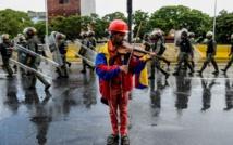 Wonder Woman, nudiste... Cinq icônes des manifestations au Venezuela