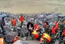 Glissement de terrain en Chine: 5 morts, plus de 120 disparus