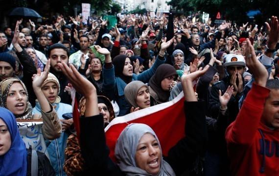 Le Mouvement de contestation du 20 février appelle au boycott, Casablanca, Maroc, 20 novembre 2011 (Abdeljalil Bounhar/SIPA)