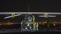 Solar Impulse décolle de Madrid pour son premier vol intercontinental