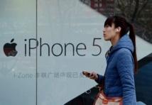 """Accusé d'""""arrogance"""", le géant Apple s'excuse en Chine"""