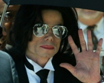 """Michael Jackson était """"mourant"""" et AEG n'a pas réagi, affirme un témoin"""