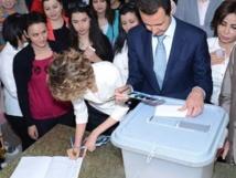 Syrie: Assad vainqueur attendu de la présidentielle dans un pays en guerre