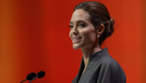 Angelina Jolie distinguée par la reine Elizabeth
