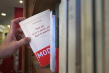 L'effet Nobel: Modiano en tête des ventes de romans
