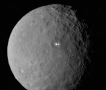 La sonde Dawn en orbite autour de Cérès, plus petite planète naine du système solaire