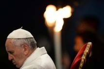 """Chrétiens persécutés: le pape et le Vatican haussent le ton contre le """"silence complice"""""""