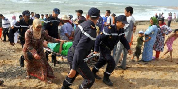 Poursuite des opérations de recherches pour retrouver les 5 enfants portés disparus sur une plage proche de Oued Cherrate