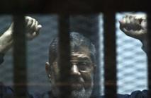 Egypte: peine de mort et prison à vie pour l'ex-président Morsi dans 2 procès