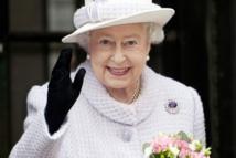 """GB: Elizabeth II dit n'avoir jamais """"aspiré"""" au plus long règne de l'histoire britannique"""