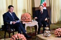 Algérie: la diffusion d'une photo de Bouteflika relance le débat sur sa succession