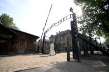 A Auschwitz-Birkenau, le pape François rencontre des rescapés