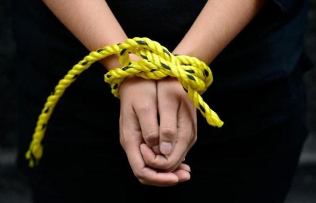 """Amnesty dénonce la """"cruauté la plus vile"""" dans les prisons du régime syrien"""
