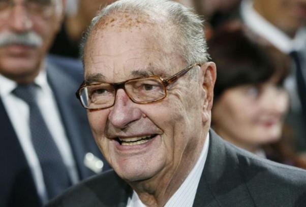 """Chirac toujours hospitalisé, sa famille """"demande instamment qu'on respecte sa tranquillité"""""""