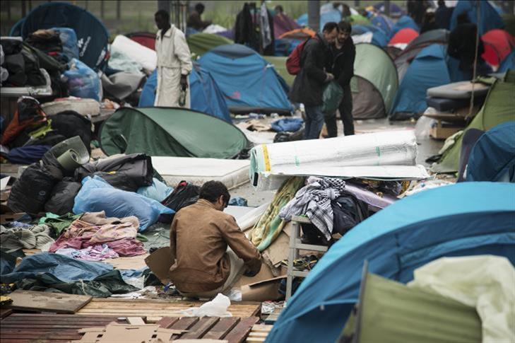 """France : Des """"inquiétudes"""" pèsent sur le démantèlement du camp de migrants de Calais"""