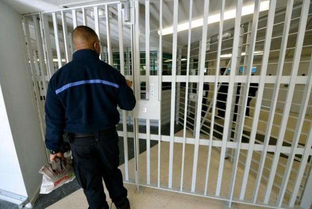 """Les prisons européennes: une """"pépinière"""" pour jihadistes"""