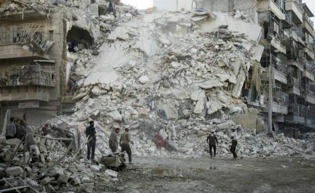 Syrie: raids meurtriers à Alep en dépit des menaces de sanctions