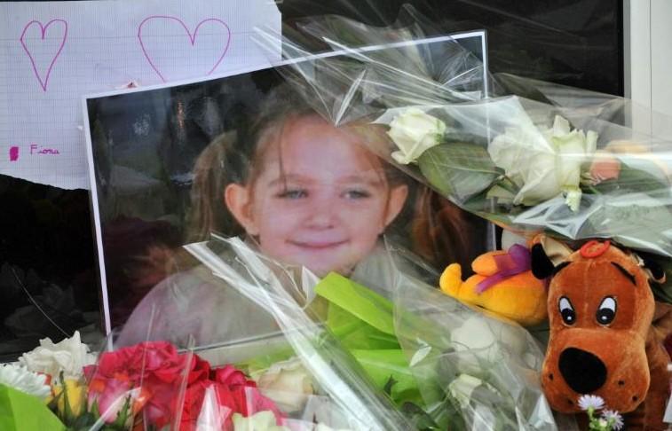 Fiona: au procès la mère s'emporte, pleure mais ne se livre pas