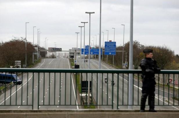 Deux riches touristes Qataries braquées aux portes de Paris