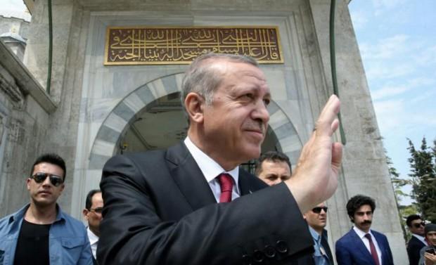 Turquie: Erdogan doit choisir entre l'apaisement ou la confrontation