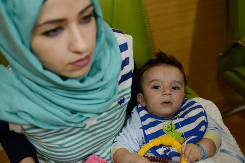 Un bébé irakien né avec huit bras et jambes opéré avec succès en Inde