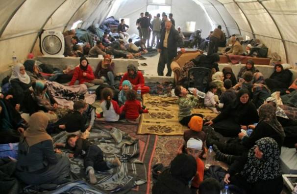 Syrie: l'évacuation de localités assiégées reprend après un attentat