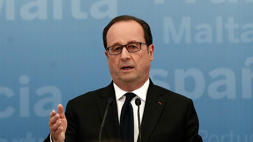 France/Présidentielle : François Hollande votera Emmanuel Macron