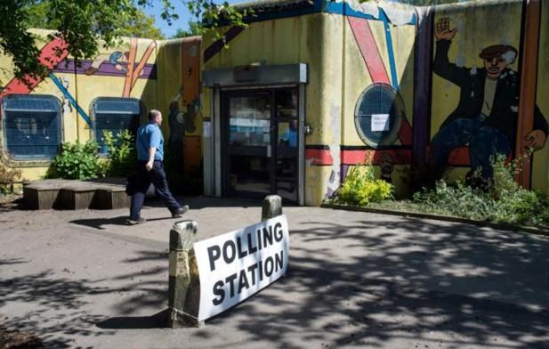 Royaume-Uni: résultat attendu d'élections locales sur fond de Brexit