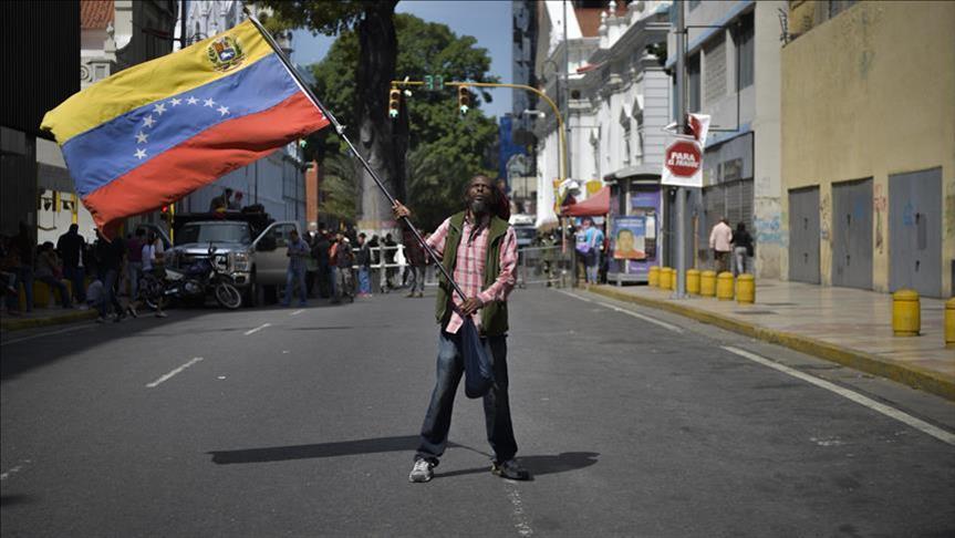 Le Vénézuela risque une pénurie après d'éventuelles sanctions pétrolières américaines