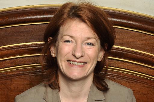 Muriel Mayette-Holtz