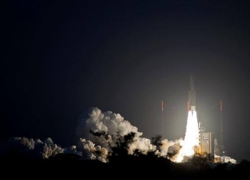 Réussite du premier tir d'Ariane de l'année: deux satellites lancés