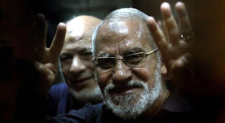 Prison à vie pour le leader des Frères musulmans en Egypte