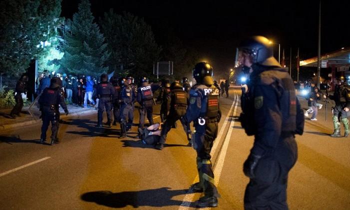 """Allemagne : l'interdiction de manifester à Heidenau """"illégale"""""""