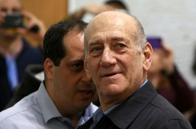 Israël: l'ex-Premier ministre Olmert ira en prison pour corruption
