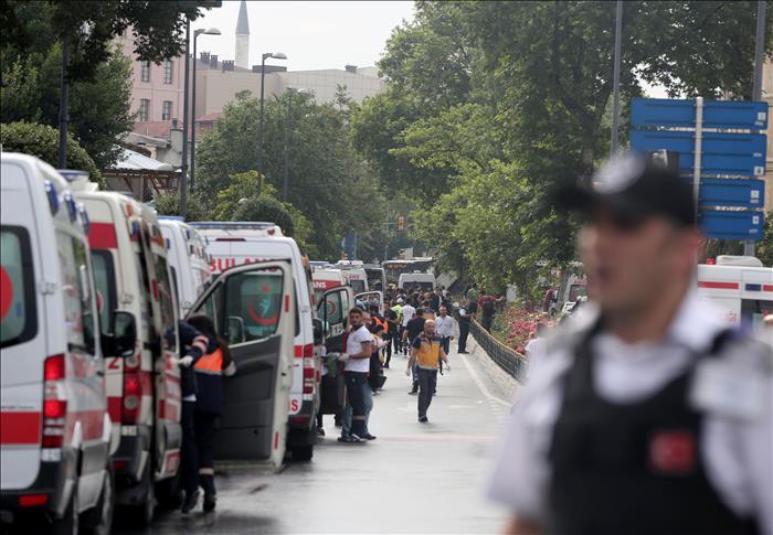 Attentat d'Istanbul/nouveau bilan : 11 morts dont sept policiers
