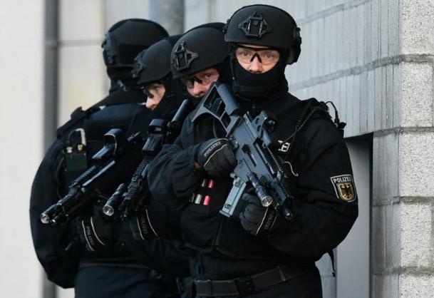 Allemagne: l'homme retranché dans un cinéma est mort, pas d'autres victimes