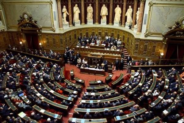 Le Sénat vote à son tour la prolongation de l'état d'urgence