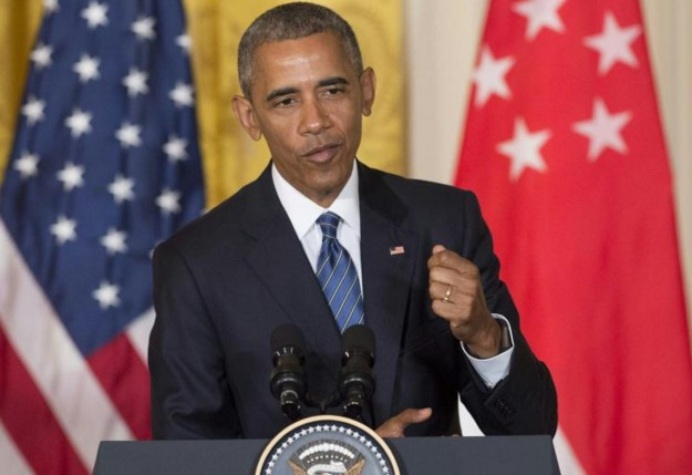 """Etats-Unis: Obama étrille Trump, """"pas qualifié pour être président"""""""