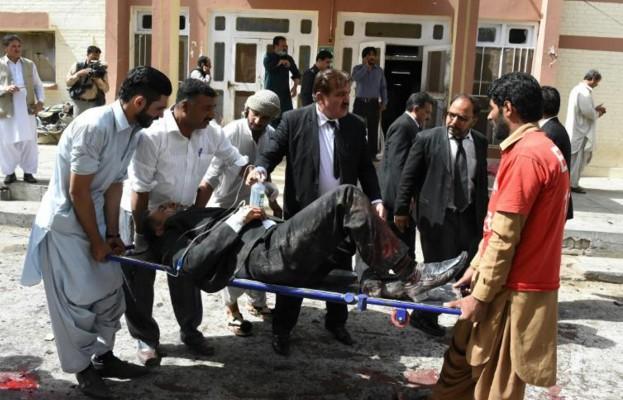Pakistan: le bilan de l'attentat dans le sud-ouest passe à 40 morts