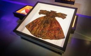 Pays-Bas: exposition de luxueux atours du 17e siècle découverts dans une épave