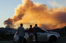 Un incendie géant en Californie entraîne l'évacuation de 82.600 personnes