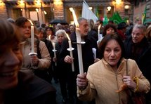 Italie: course contre la montre parlementaire pour réalimenter Eluana