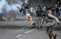 """Venezuela: l'Eglise jette son poids contre la """"dictature"""" de Maduro"""
