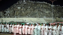 Plus de deux millions de pèlerins gagnent le mont Arafat