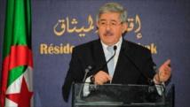 Algérie: Le PM Ouyahia reconnait avoir présenté des excuses à Riyad