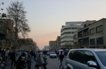 La répression s'intensifie en Iran, des policiers attaqués
